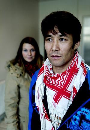 I Afghanistan blev Alex hotad och förföljd. I Sverige har han fått ett nytt liv och kan nu vara öppen med sin homosexualitet.