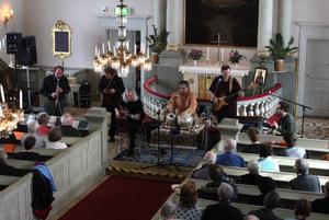 I april förra året uppträdde Mynta i Gamla kyrkan.