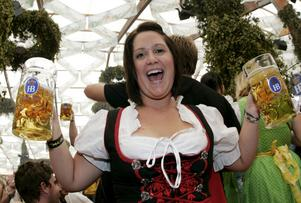 Öl i massor. I år firar oktoberfesten i München i tyska Bayern 200 år. Sex miljoner ölvänner brukar normalt besöka festen, men till jubileet kommer sannolikt ännu fler.