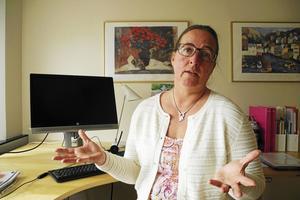 Vårdförbundets vice länsordförande Marion Vaeggemose är kritisk över landstingets bristande information om kirurgikrisen till facken.