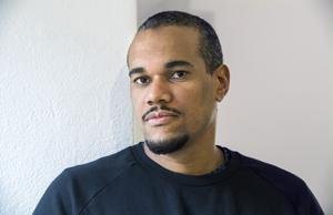 Johannes Anyuru har redan fått bland annat årets Aniarapris för sin senaste roman.