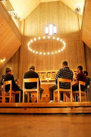 Planeringsmötet i nätverket för de kristna retreaterna i Jämtlands län avslutades med en bibelmeditation ledd av Madeleine Dahl som är präst i Marielundskyrkan.