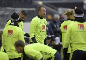 Andreas Granqvist kan få det jobbigt i försvarsspelet mot Luxemburg om Sverige inte ser upp.