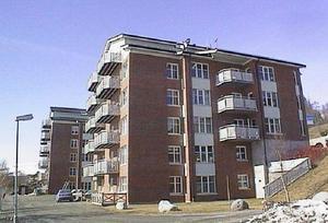 Frönäsudden med 43 lägenheter blev historiskt på måndagen när det som första hyreshus i Åre ombildades till bostadsrätter.