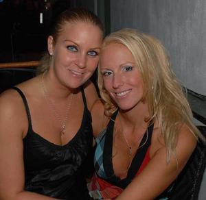 Blue Moon Bar. Maria och Louise