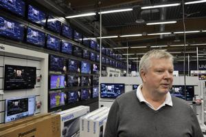 Hans Enjebo från Sundbyberg letade efter en ny tv till stugan i Flatnor.