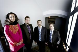 Batool Talha från Pakistan och Charles Nader, Rémi Sarkis och Antoine Stephan från Libanon har alla läst Högskolan i Gävles masterprogram i elektronik och är i dag forskare vid universitet runt om i Europa.