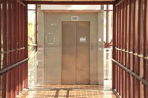 Snart går det att åka hiss i Kurredoren igen.