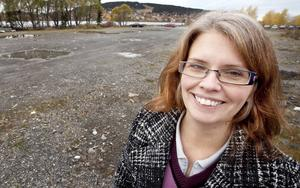 – Det kanske kan bli aktuellt med en helt ny påfart vid Vallsundsbron, berättar Anne-Katrin Ångnell, som är avgående mark- och exploateringsansvarig på Östersunds kommun.