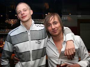 Blue Moon Bar. Niklas och Niklas