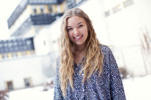 Isabella Skoglund finns med bland agenturen Mikas och hoppas på fler modelljobb. Agenturen har sagt till henne att hon är väldigt ung och att det kanske är därför hon inte har fått så många jobb.