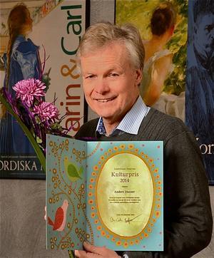 Anders Hanser med landstingets kulturpris 2014.