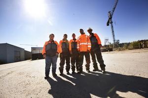 Waleed Adel Mohalhel, Ali Ali Madi, Abdulla Omen Said, Aweys Aden Ali och Mussab Abuker ska rusta upp det gamla varvsområdet i Gustafsvik. Något som företagarföreningen i Högsjö hoppas ska locka företag att etablera sig på orten.