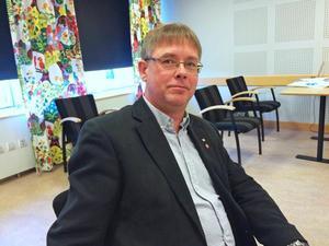 Det viktigaste under den här mandatperioden är att se till så att det finns byggklar mark anser kommunalrådet Mikael Löthstam (S).