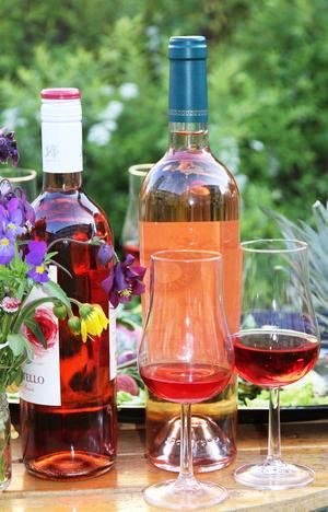 Sommartid är rosévinstid. Då ökar försäljningen markant.  Speciellt om vädret är soligt och varmt.