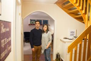 En tjuv tog sig in i Luis Vilacas och Magda Filipes hus genom fönstret som syns i bakgrunden.