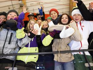 Klassen från Jernvallsskolan ska titta på tre matcher under året World Cup.