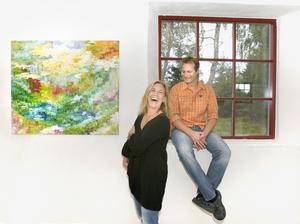 Målningen Gläntan visas på den utställning som Jonna och Peppe Jakobsson har i Skaparladan på Rådmansö på lördag.
