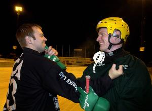 November 2003: Kompisarna Magnus Muhrén och Daniel