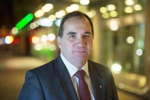 Stefan Löfven undviker än en gång att lämna klara besked i regeringsfrågan. I stället gör han en mystisk helgardering i sitt sätt att se på frågan efter valet 2014.