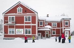 Onsdagen den 16:e april finns två ledamöter från Gottne byskola på plats i riksdagen.