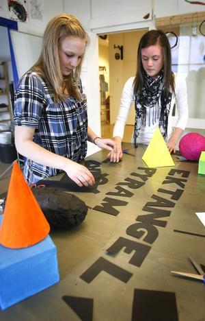Amanda Molin, Söderala och Jenny Ludvigsson, Mohed arbetar både med figurer och bokstäver.