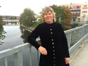Bodil Jönsson besökte Härnösand och pratade bland annat årsringar, arbete och hjärnans förmåga att se och förstå sammanhang bättre i takt med stigande ålder.