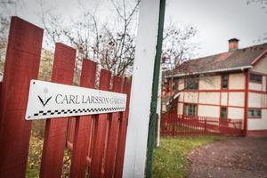 På Carl Larsson-gården råder  just nu lågsäsong med en visning om dagen.