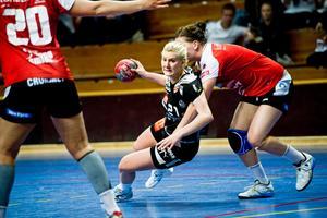Carolina Järlstam blixtrade till mot Irsta.