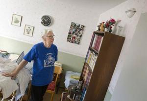 Den mekaniska ventilationen i Ingrid Degerstedts lägenhet sitter en bit upp på väggen.