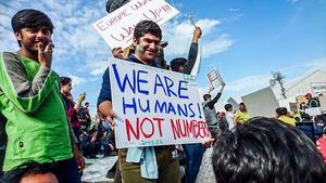 Demonstration på Afghan hill mot stängda gränser för så kallade ekonomiska flyktingar.