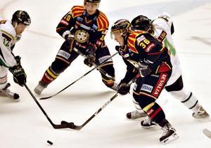 Micke Lind var tillbaka på isen efter fyra månaders skadefrånvaro.