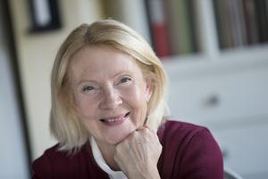 Ylva Yngveson, privatekonomisk analytiker, har förhoppningar att fler kvinnor ska kunna få högre löner i framtiden.