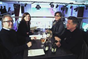Mats och Tuija Björklund besökte Söders Källa med Ylva och Nils Vagerstam.