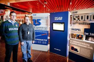 Johan Broback och Pär Sixtensson vid utställningen om SSAB:s miljardinvestering i Borlänge.