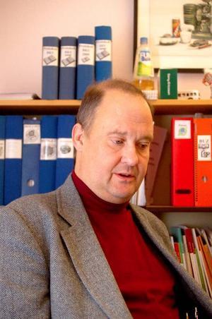 Lars-Eric Bergman (M), ordförande i nämnden, var inte nöjd efter sammanträdet. Han hävdar att budgeten är kraftigt underfinansierad.  Foto: Jonas Ottosson