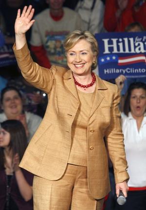 Hillary clinton nu. Exekutiv framtoning, markerade smycken.