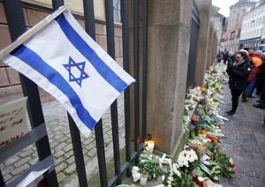 Antisemitismen har varit i fokus efter attacken mot en synagoga i Köpenhamn då en person mördades.