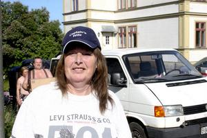 Lettland är EU.s fattigaste land. Hjälpbehovet är konstant stort. Margareta Tollin möter det på nära håll också i sommar.
