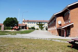 Modulbyggnader kan bli lösningen för att avlasta Vågbroskolan som har lokalbrist.