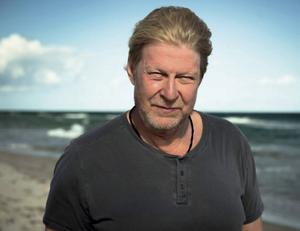 Rolf Lassgård spelar huvudrollen i filmen En man som heter Ove.