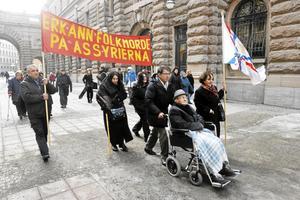 Demonstration utanför riksdagen i Stockholm. Assyrier vill att Sverige ska erkänna Turkiets folkmord på assyrier, armenier och andra minoriteter.Arkivbild: Bertil Ericson / SCANPIX