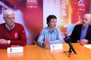 VM-generalen Sven Von Holst, FIS generalsekreterare Sarah Lewis och kommunalrådet Jonny Gahnshag (S) har haft mycket att samtala om de senaste dagarna.