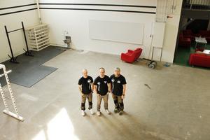 Andreas Graflind, Per Mattsson och Thomas Illiminsky i den nya lokalen på Campus.
