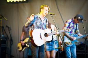 Oskar Gyllenhammar lirade med sitt band på stora scenen.