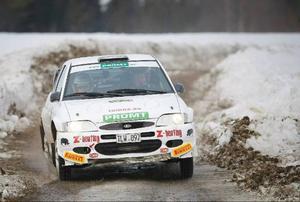 Fjolårssegraren i 4WD, Mats Jonsson, Forshaga MC, ska naturligtvis räknas till en av storfavoriterna även i år. Bilden från fjolårets tävlingar är tagen i Väster-Kälen.