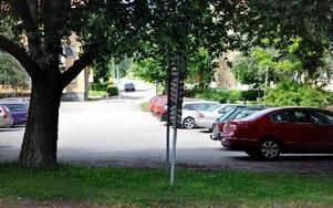 Bergavägens förlängning dras nu över kommunens parkering ner till Vasagatan.