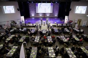 Intresset var stort när det nya konceptet för Beyond Skiing Foundation 2019 presenterades i samband med en träff i Lugnetkyrkan. Närmare 150 ex-medlemmar dök upp.