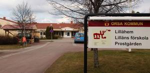 Medarbetarna inom äldrevården i Lillåhem och Orsagården riktar kraftig kritik mot ledarskapet i verksamheten.