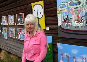 Rymdvarelser. Monica Zetterqvist visade upp sin konst. Foto:Lovisa Svenn